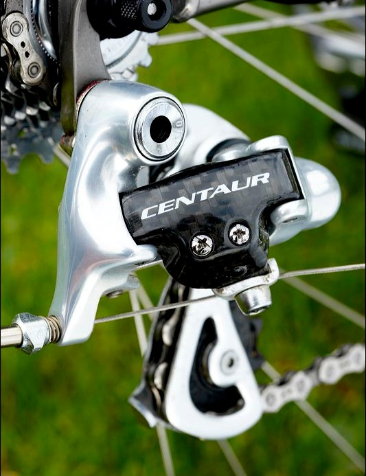 Campagnolo Centaur carbon rear mech is top quality despite its 'mid-range' status