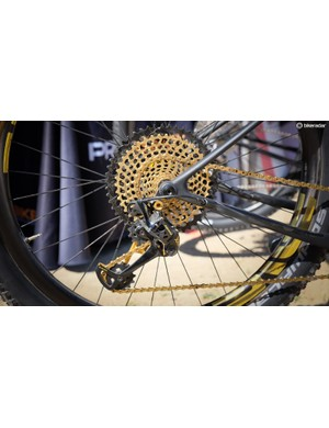 SRAM's XX1 and X01 Eagle drivetrains have a 500% gear range thanks to 10-50t cassettes