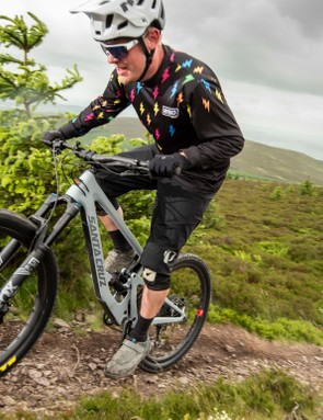 First impressions indicate that the Bronson is no slowpoke on the climbs