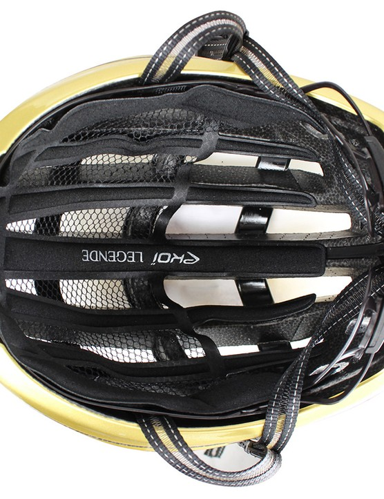 The helmet features a removable insect mesh, different padding thicknesses and vented straps