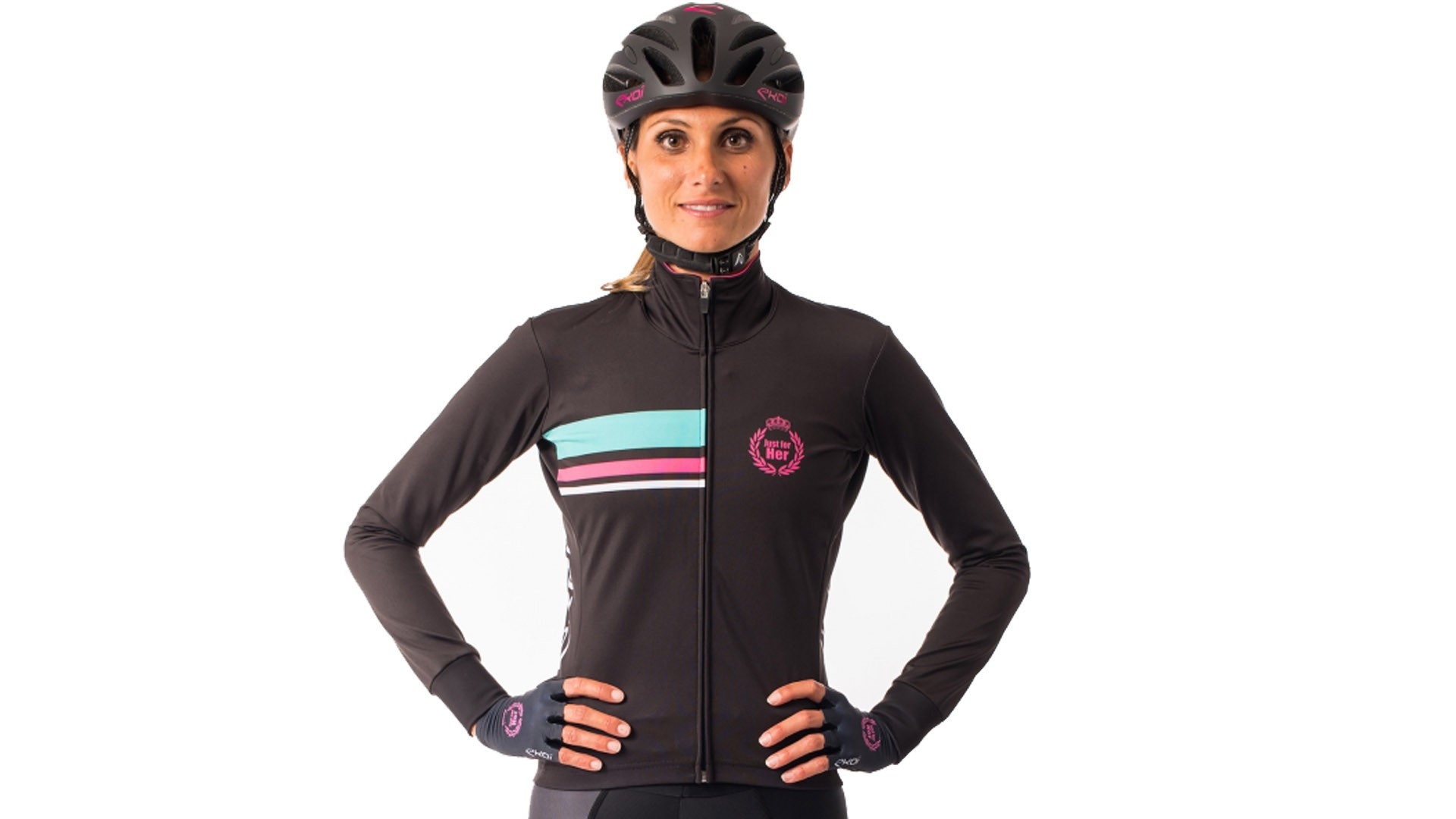 For wetter weather there's a rain resistant long-sleeved jersey