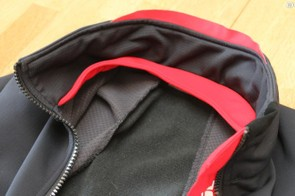 The collar on Endura's FS260-Pro SL Thermal Windproof Jacket is high and can be a little tight