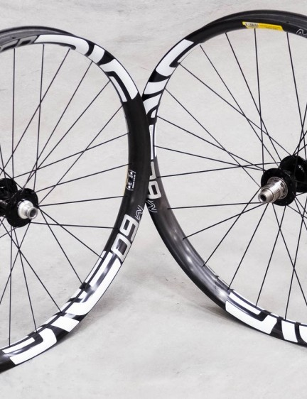 Saddleback was kind enough to crack open a set of the new plus sized wheels from ENVE