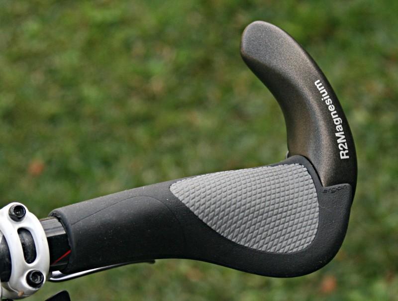 Ergon's GR2 grip with magnesium bar end