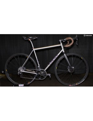 Best Cyclocross/Gravel went to Eriksen. Brad Bingham is the company's head welder and his personal gravel machine featured a custom 12mm rear axle, Flat Mount rear brake and a custom crank spider for optimal road gearing chainline on the 142x12mm rear spacing