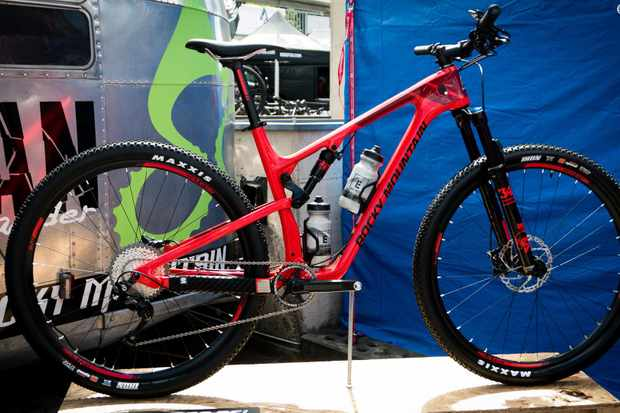 The new Rocky Mountain Element gets 120mm of travel, Boost spacing and 29er wheels