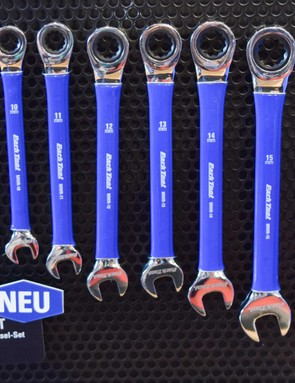 You can now get your ratchet spanners in blue too