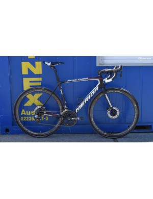 The team edition Merida Scultura Disc is a fine looking machine