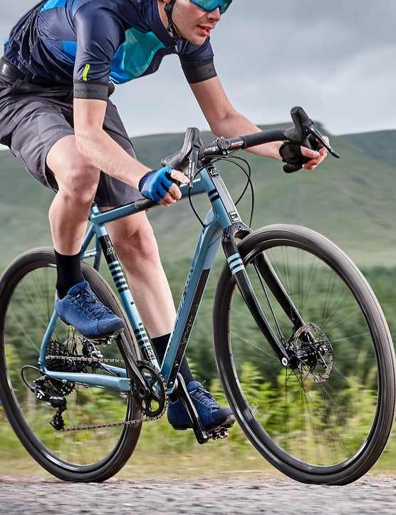 With a single 40-tooth chainring and huge 11-42 cassette this bike is geared towards adventure
