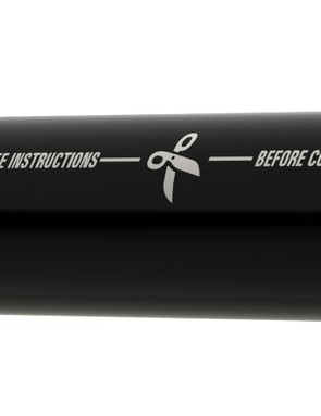 Weight savings for the 400x75mm version of the Fall Line R are achieved by cutting down the seatpost as needed