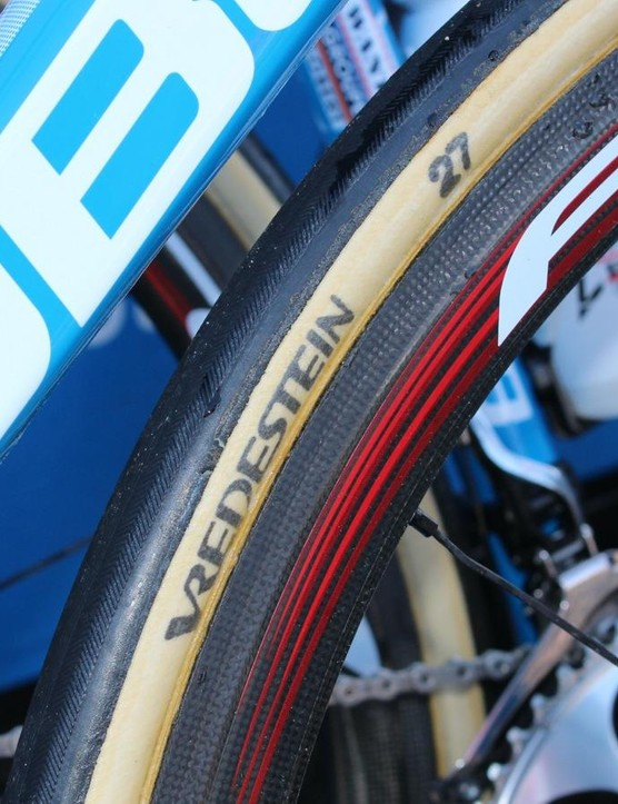 These Vredestein-branded tubulars have a similar casign to the boutique FMBs