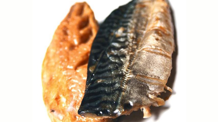 Polyunsaturated fat includes Omega 3 essential fatty acids