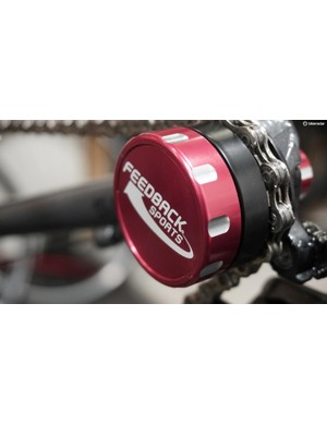 Make maintenance and cleaning easier with the Feedback Sports chain keeper