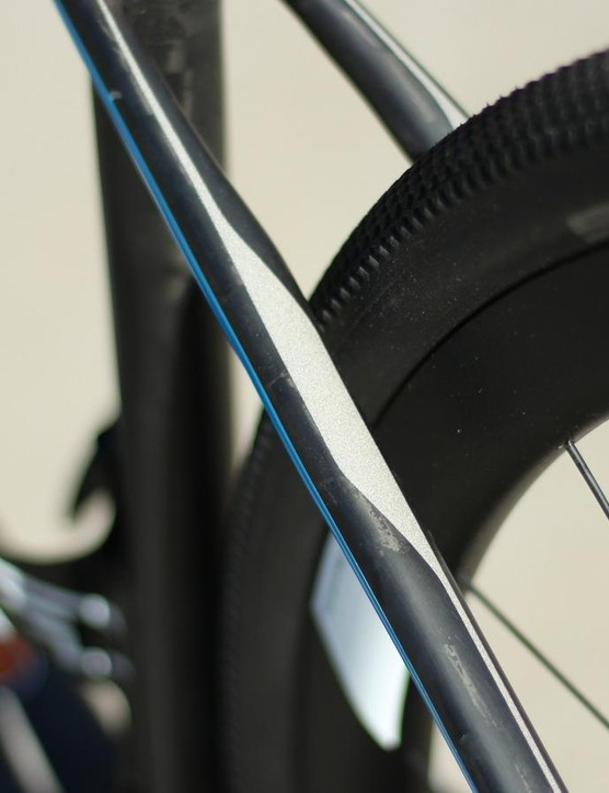 Reflective paint is used on the seatstay design and the downtube and fork logos