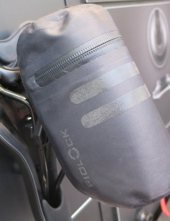 The Twist lock system has been rolled out for saddle packs too