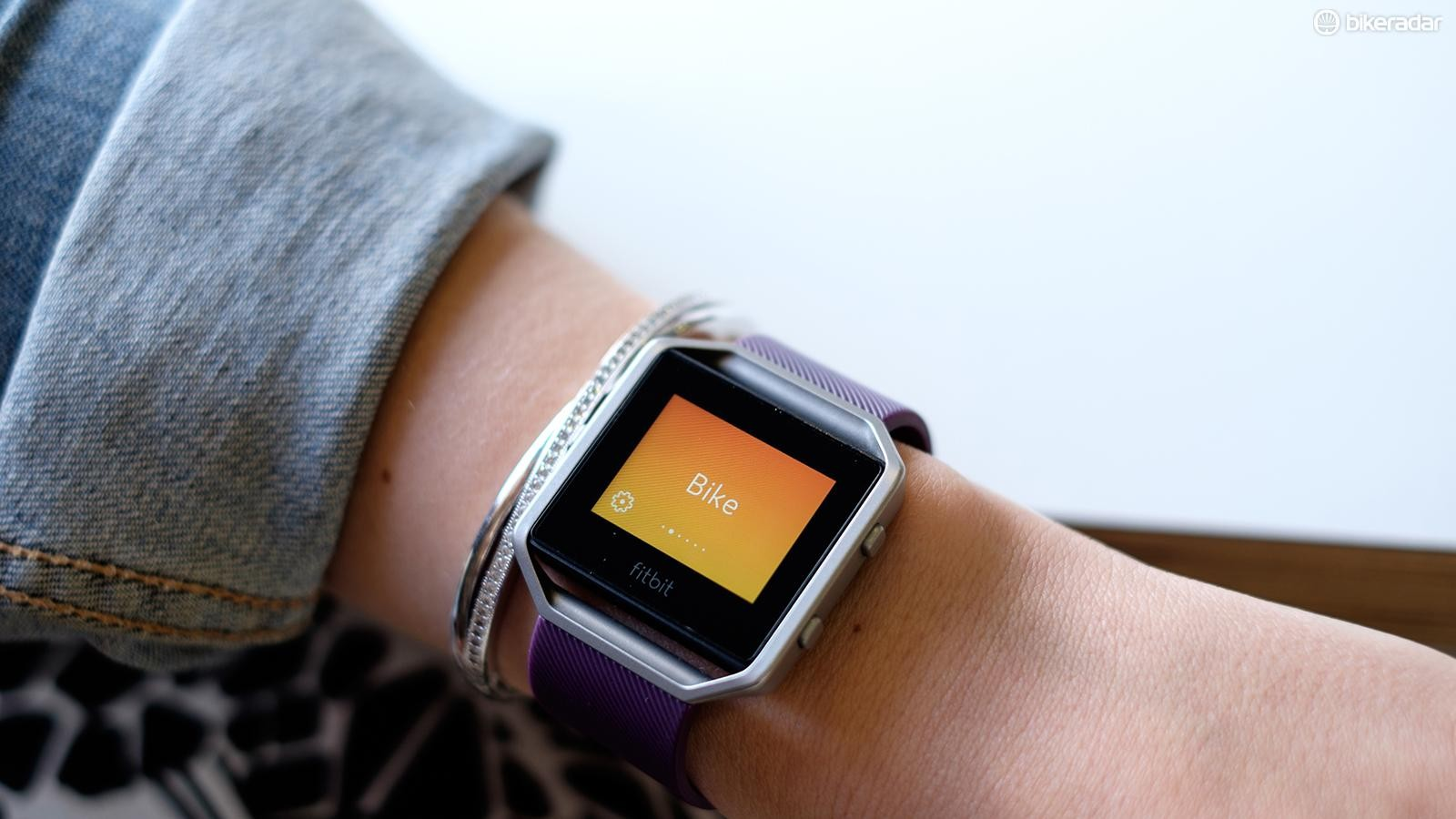 Fitbit Blaze for cycling - in-depth review, Strava