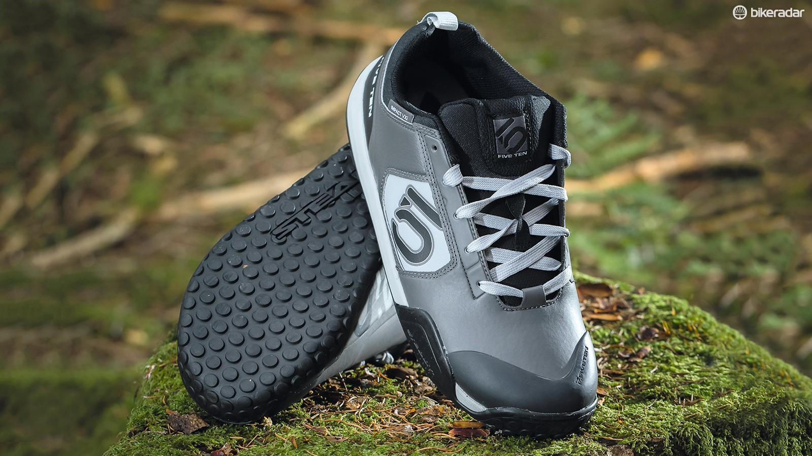 Five Ten Impact VXi shoes continue to lead the flat-pedal herd
