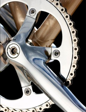 Fully polished chainset