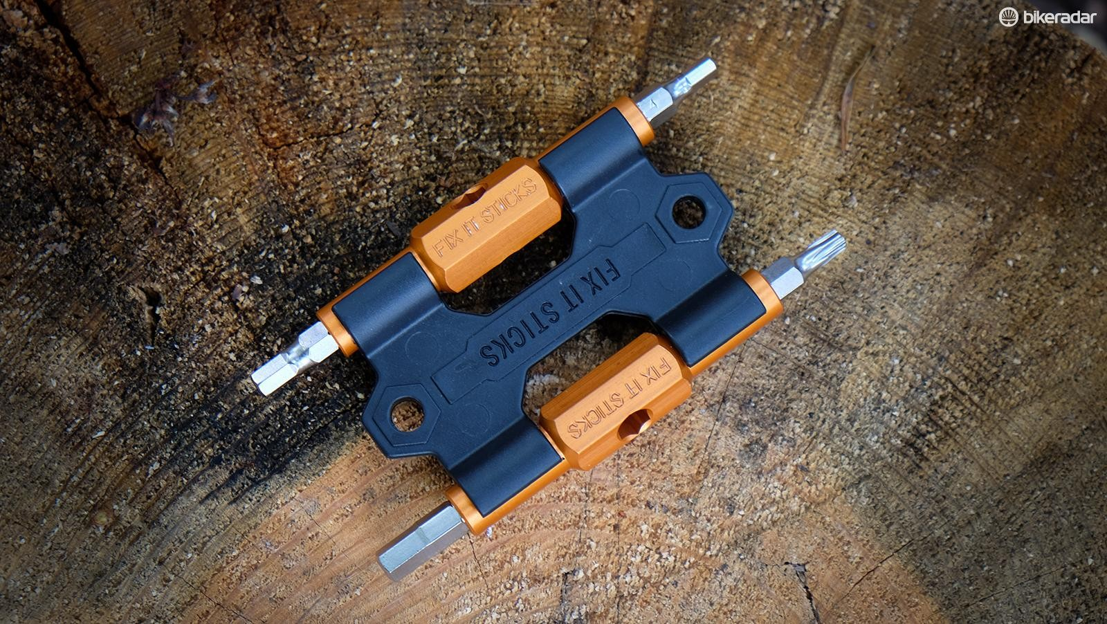 Fix It Sticks is making its multi-tools easier to carry by introducing a bracket that mounts to water bottle bosses