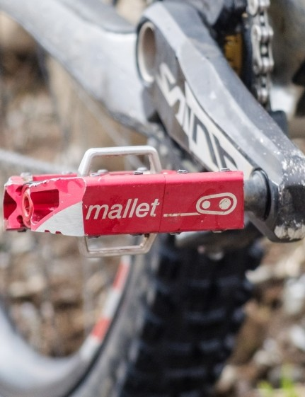 Fizik working with the Santa Cruz Syndicate ties in with the brand's long-term use of Crank Brothers pedals, another brand owned by the Selle Royal group