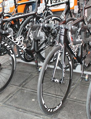 Roompot-Oranje Peloton has been experimenting with discs this season. At the Tour of Flanders, they used a mix of rim-brake and disc bikes