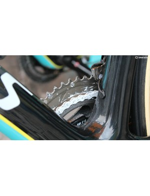Lars Boom's chain with a healthy coating of race-day wax