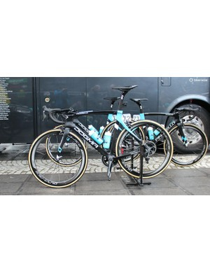 Team Sky started the Tour of Flanders on two bikes: the Dogma F8 and the not-yet-announced K8