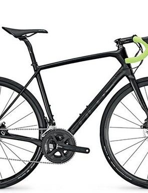 The Paralane carbon 105 comes in this matt/gloss black finish or a black and green version