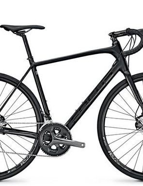 The men's AL Tiagra looks sharp in this stealthy all-black finish