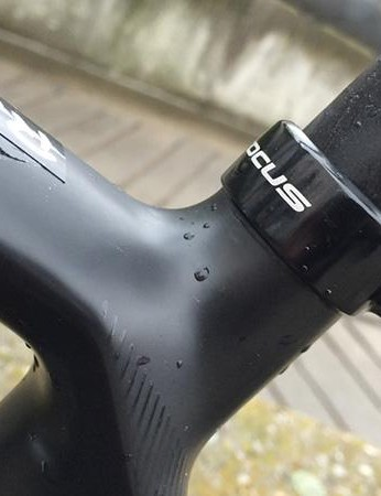 The CPX post is a clever, flexible comfort-giving post, made even more so by the reduced 25.4mm diameter used on the Paralane
