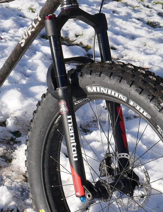 The Mastodon Pro fits 26in and 27.5in wheels