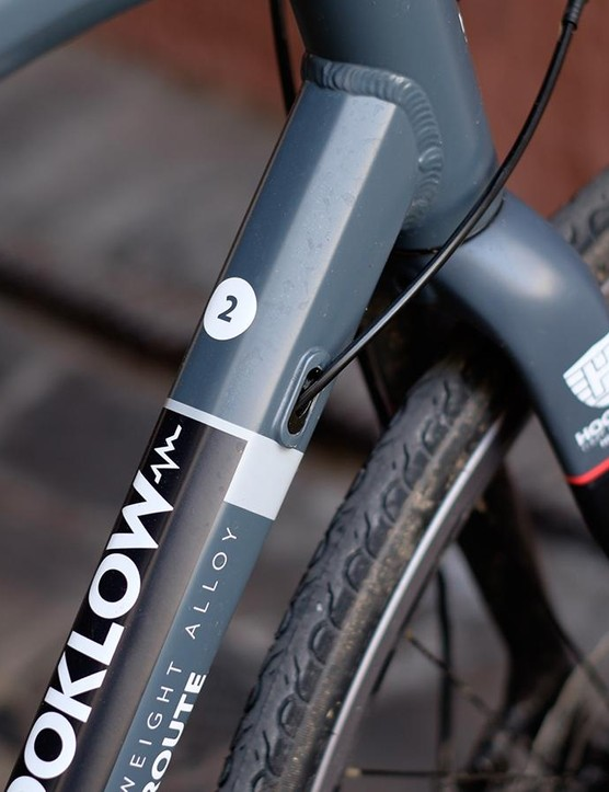 The hydroformed alloy frame's hexagonal cross-section is aesthetically pleasing