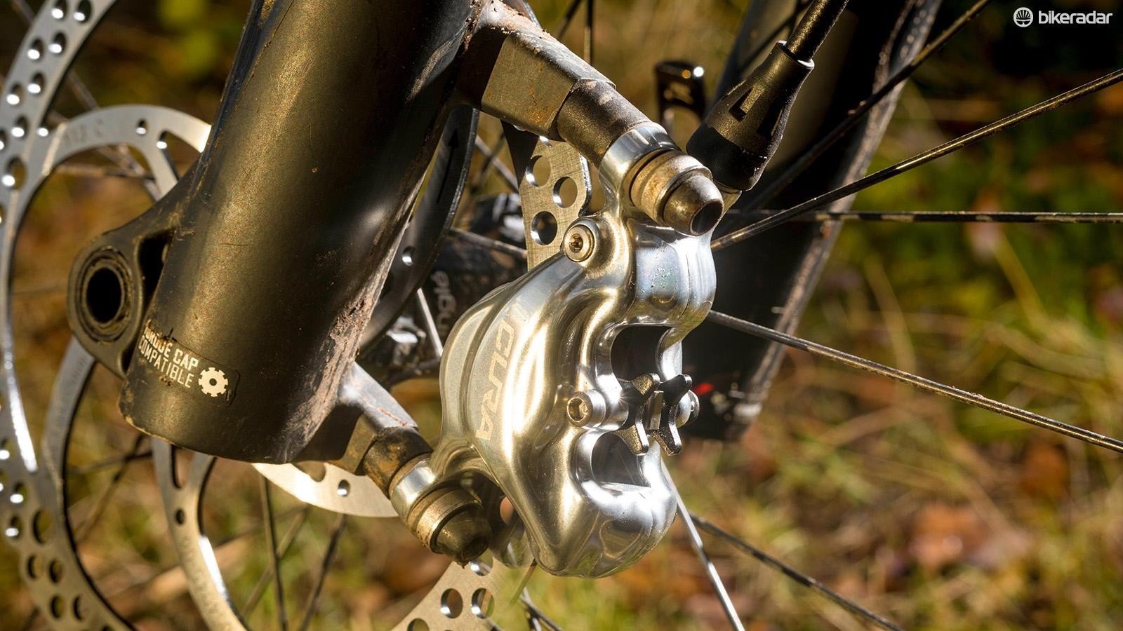 The Cura brake uses mineral oil rather than synthetic DOT fluid
