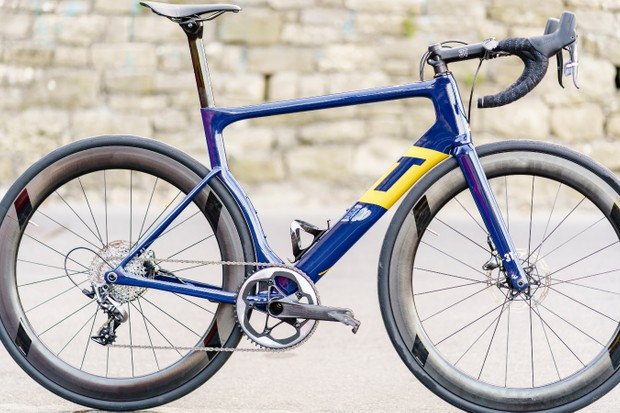 The Aqua Blue Sport 3T Strada with SRAM Force for the 2018 season