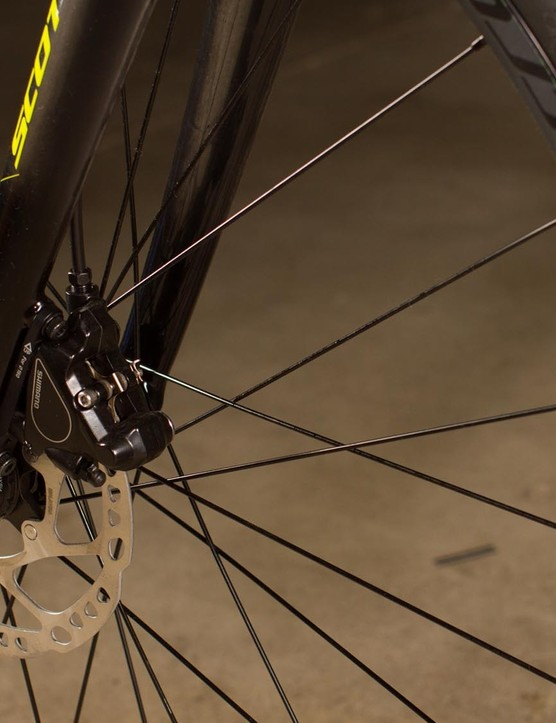 Shimano RS405 hydraulic disc brakes with 160mm rotors