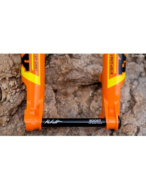 A bolt-on thru-axle and stepped lowers are one of the ways Fox shaves grams