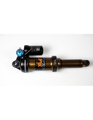 The DPX2 combines features from the DPS and X2 shocks