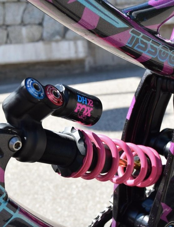 Fox's DHX2 rear shock is a popular choice, as is its air equivalent