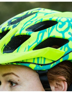 Although not newly designed for 2016, the Fox Flux helmet is available in a colour and pattern that matches the rest of the range