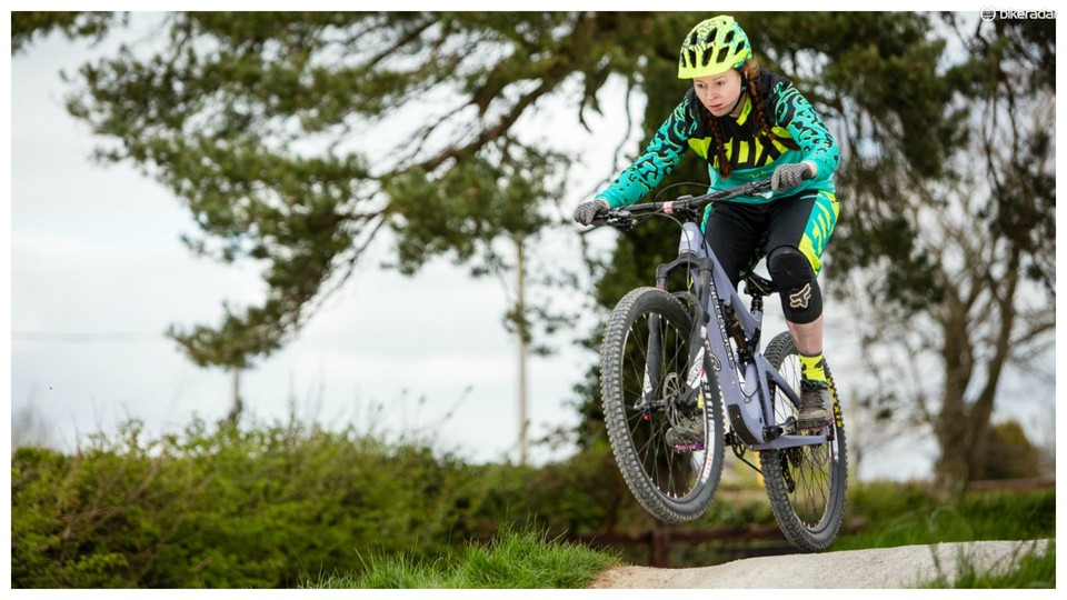 048963f7d15 Fox has expanded the range of women s specific DH mountain bike kit it  offers