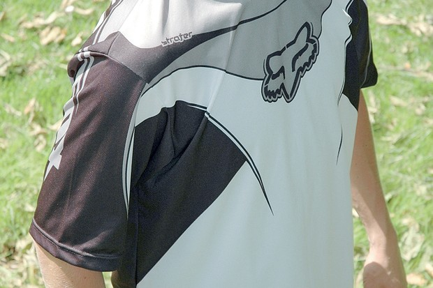This is a stylish and comfortable jersey.