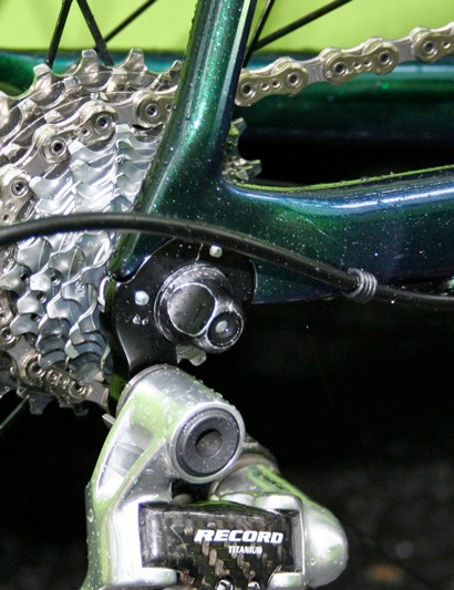 The rear derailleur is fixed to a relaceable aluminium hanger - one of the few bits of metal on the SuperSix frame.