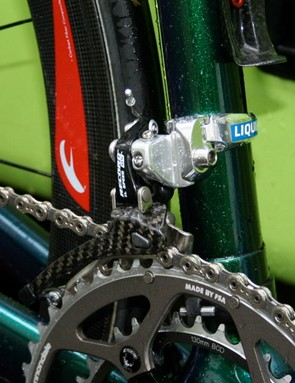 The braze-on front derailleur requires a clamp adapter (and we're guessing it's a Shimano bit by its shape and the strategic placement of that Liquigas decal).