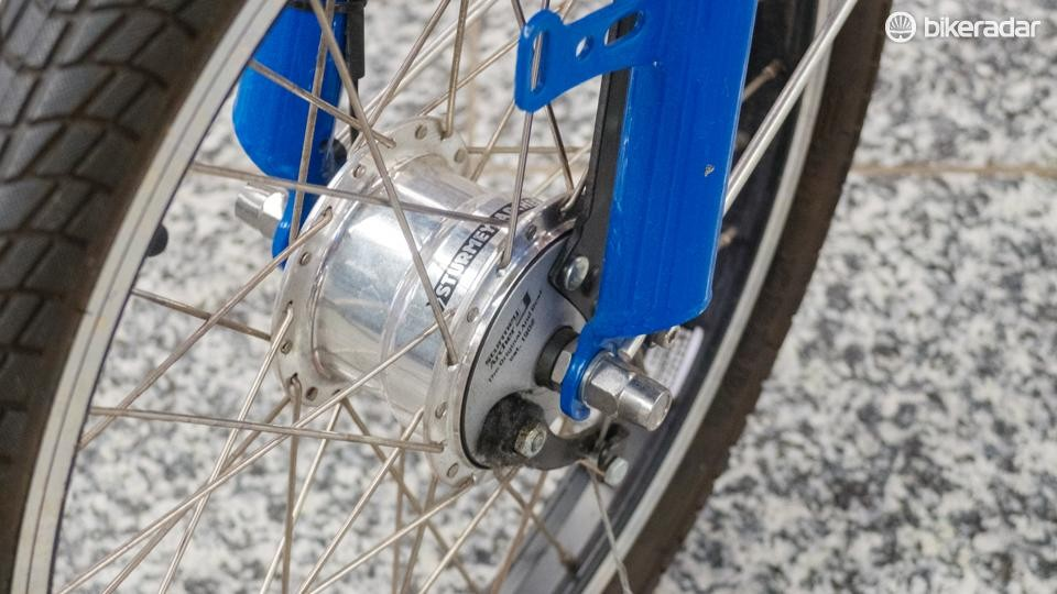 A Sturmey Archer drum brake is fitted up front
