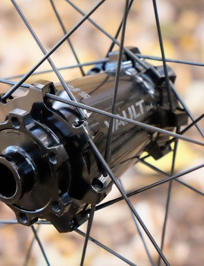 The Turbine R wheelset uses 28 straight pull spokes laced 3x. This is a plus for home mechanics because there's only one spoke length needed for the entire wheelset