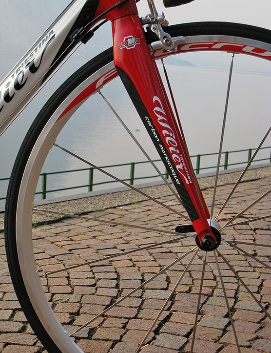 The front of the Izoard is fitted with a matching full-carbon fork claimed to weigh 360g