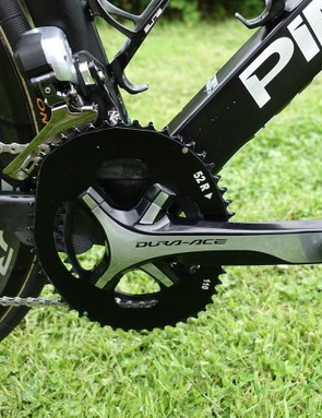 Because of his love of Osymetric chainrings, Sky mechanics doubled down on chain catchers. A K-Edge is obvious but a closer look reveals a chunk of 3D printed plastic that is glued to the bottom bracket area. Very cool