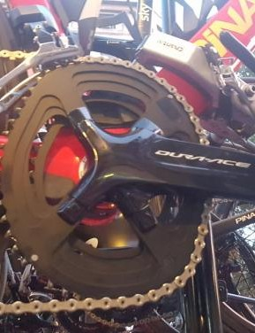 Froome's bike was fitted with a Shimano Dura Ace R9150 groupset, including his custom elliptical chainrings
