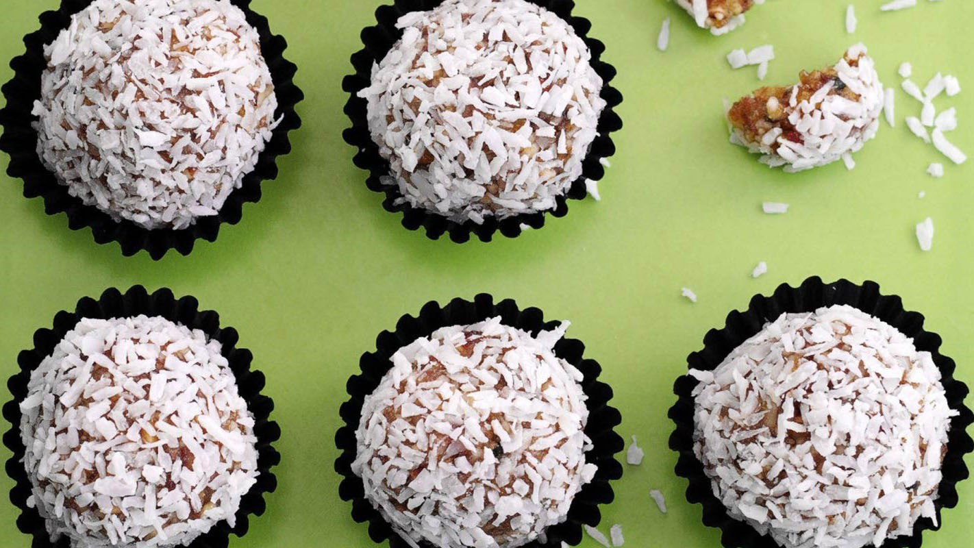 The dried fruit packed into these bite-sized balls of deliciousness provide natural sugars for a power-up mid ride