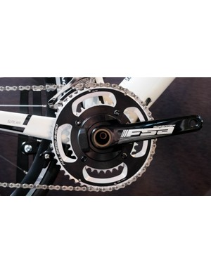 We spotted this OEM version of the meter on a Boardman Air 9.2